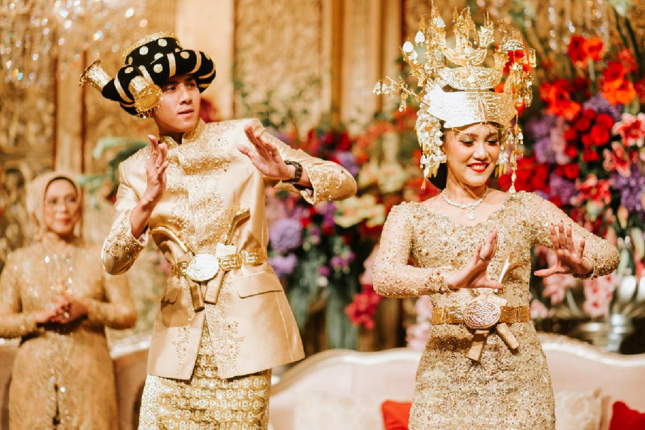 Contoh Undangan Pernikahan Adat Batak